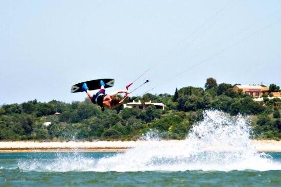 5 daagse beginnerscursus Kitesurfen Aljezur Algarve Portugal