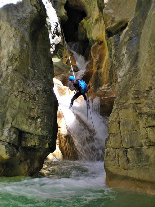 Advanced canyoning Pyreneeen