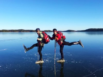 natuurijs schaatstocht met gids nabij Stockholm