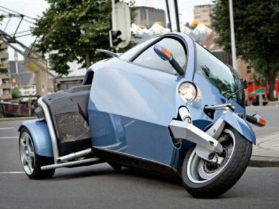 Motorvoertuigen meerkamp - Almere Nederland