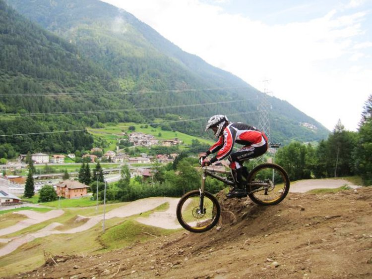 Advanced Downhill MTB Val di Sol Trentino Italië