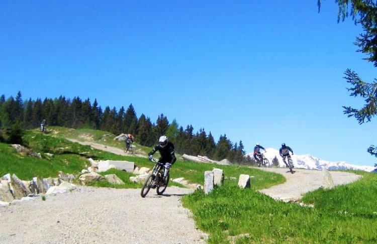 Beginner Downhill MTB Val di Sol Trentino Italië
