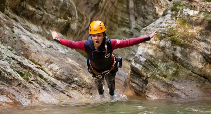 Family Fun - Basic Canyoning - Tremosine Garda Meer - Italië