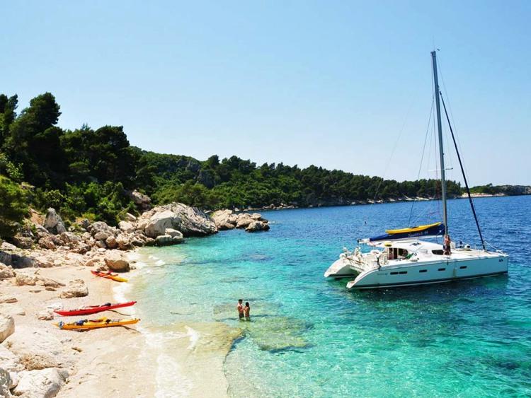 5 daagse catamaran zeilexpeditie Dubrovnik Kroatië cover