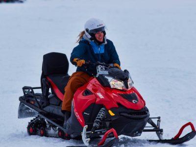 7 uur sneeuwscooter expeditie Lyngen vanuit Tromsø Noorwegen