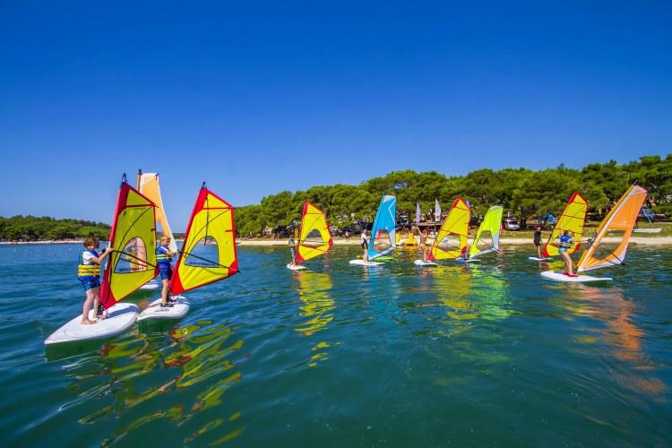 Beginner cursus windsurfen Pula Kroatië cover