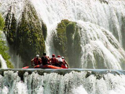 Raften op de Una Rivier in Bosnië en Herzegovina
