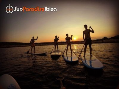 Suppen bij zonsondergang op Ibiza