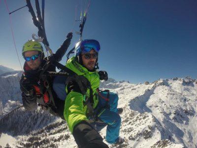 Paragliden tandemvlucht over het skigebied Pinzolo-Campiglio