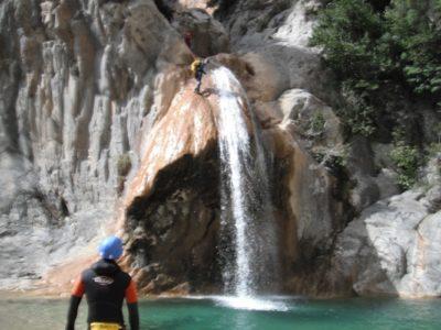 Canyoningen door de Sant Aniol kloof nabij Gerona