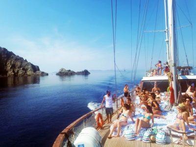 Zeilcruise naar het eiland Rhenia vanuit Mykonos Griekenland